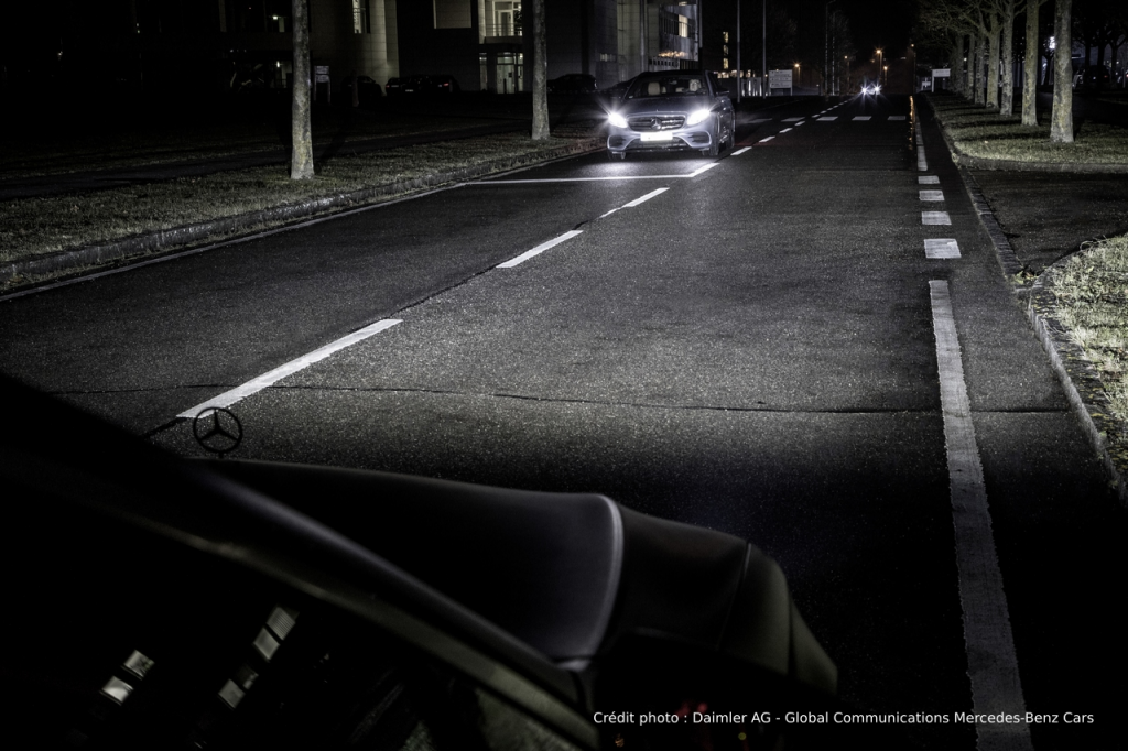 Mercedes-benz L'éclairage du futur
