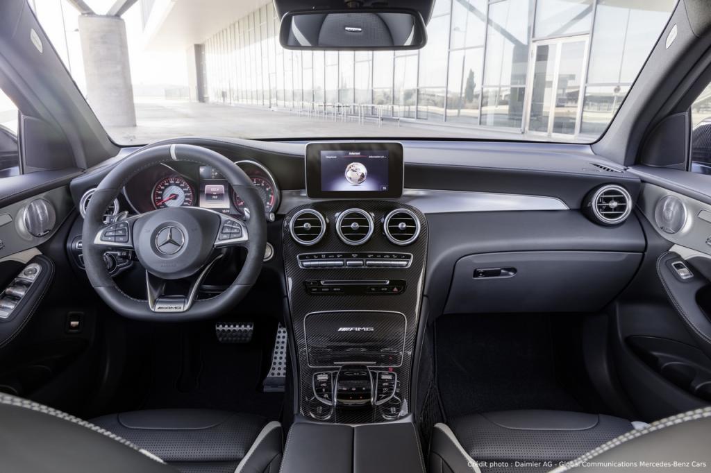 Mercedes GLC 63 4MATIC+ Intérieur