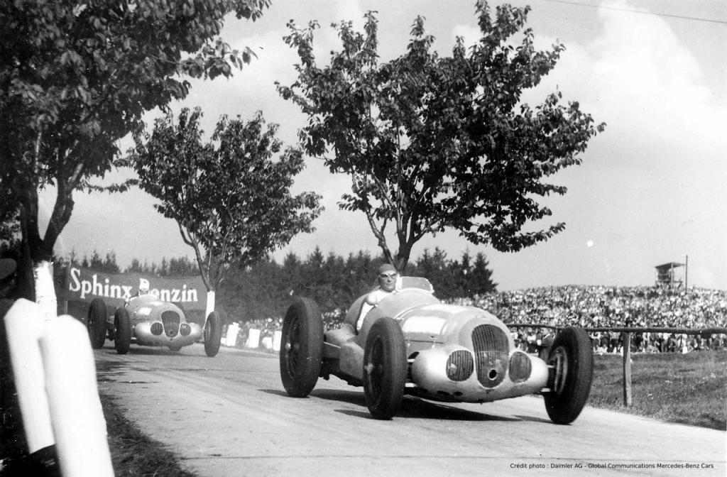 Mercedes-Benz W 125 course 1937